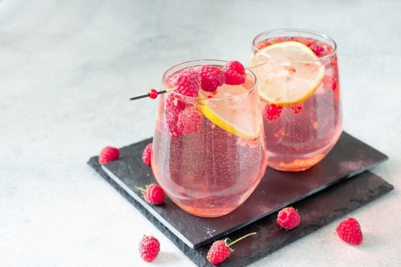 Gin Rosa - Sabor Morango ou Chá de Hibisco