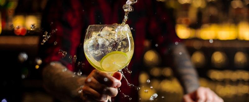 Momentos para tomar uma taça de Gin