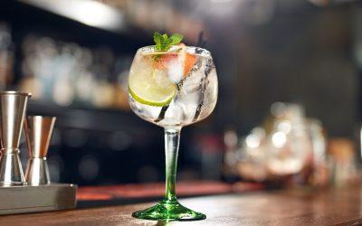 Saiba mais sobre o processo de destilação do gin