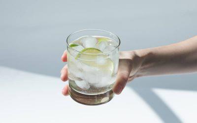 Dúvidas sobre a água tônica que todo mundo tem